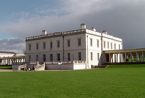 Photograph of the Queen's House at Greenwich. Image courtesy of Wikimedia Commons.